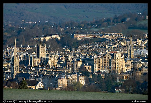 Churches, Abbey, Royal Crescent, early morning. Bath, Somerset, England, United Kingdom (color)