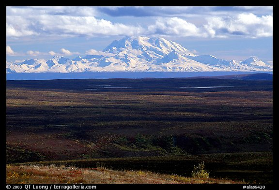 Wrangell Range. Alaska, USA (color)