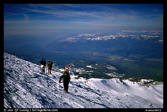 Mountaineers on the slopes of Mt Shasta. California, USA (color)