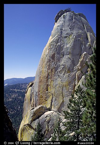 Granite pinnacle, the Needles, Giant Sequoia National Monument. California, USA (color)