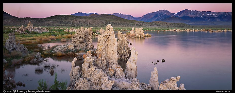Mono Lake Tufa and Sierra Nevada at dawn. Mono Lake, California, USA (color)