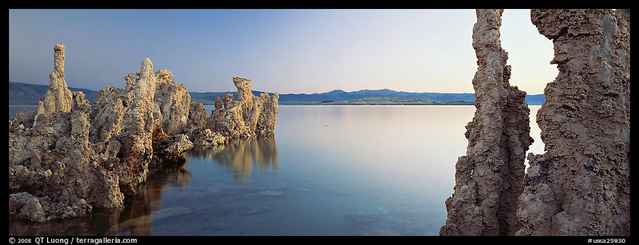 Lake scenery with Tufa towers. Mono Lake, California, USA (color)