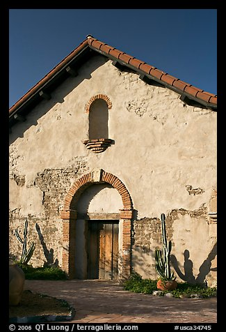 Soldiers barracks. San Juan Capistrano, Orange County, California, USA (color)