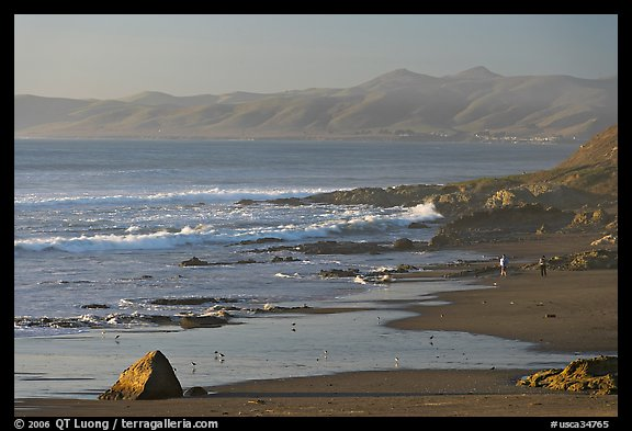 Cayucos State Beach, late afternoon. Morro Bay, USA (color)