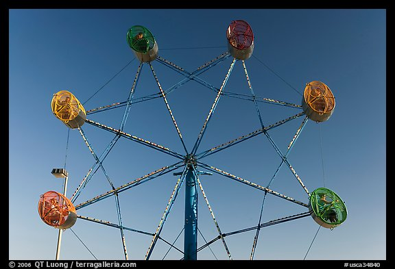 Wheel ride, Beach Boardwalk. Santa Cruz, California, USA (color)