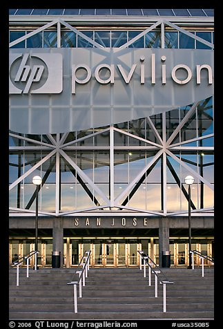 Facade of HP pavilion with San Jose sign, sunset. San Jose, California, USA