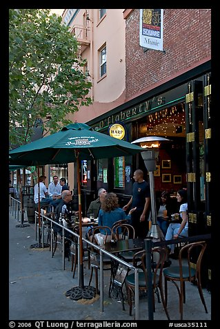 Pub, San Pedro Square. San Jose, California, USA