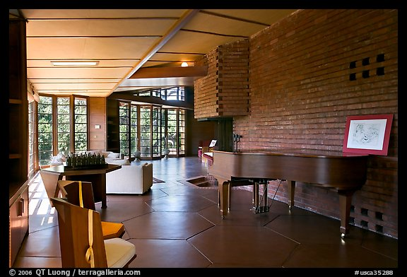 Living room and piano, Hanna House. Stanford University, California, USA