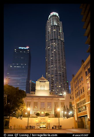 Los Angeles public library and US Bank building at night. Los Angeles, California, USA