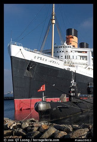 Queen Mary and Scorpion submarine. Long Beach, Los Angeles, California, USA