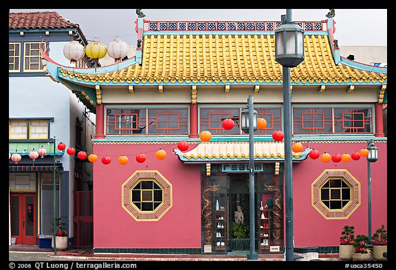 Building in Chinese style, Chinatown. Los Angeles, California, USA