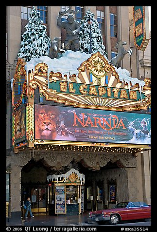 Spanish colonial facade of the El Capitan theatre. Hollywood, Los Angeles, California, USA (color)
