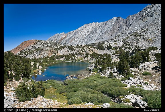 Lake and Inconsolable Range, John Muir Wilderness. California, USA