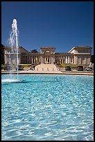Fountain and Palace of the Legion of Honor, Lincoln Park. San Francisco, California, USA ( color)