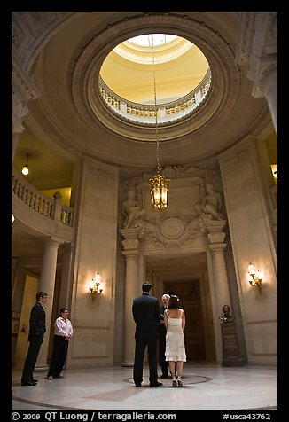 Wedding in the City Hall rotunda. San Francisco, California, USA (color)
