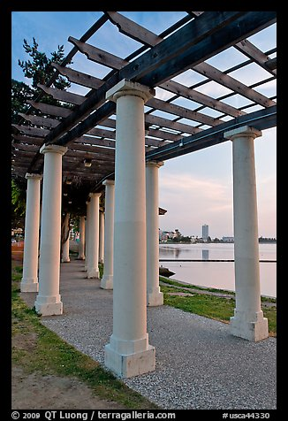 Colonade on Lake Meritt shore. Oakland, California, USA (color)