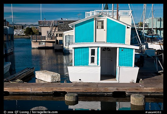 Houseboat, Oakland Alameda harbor. Alameda, California, USA