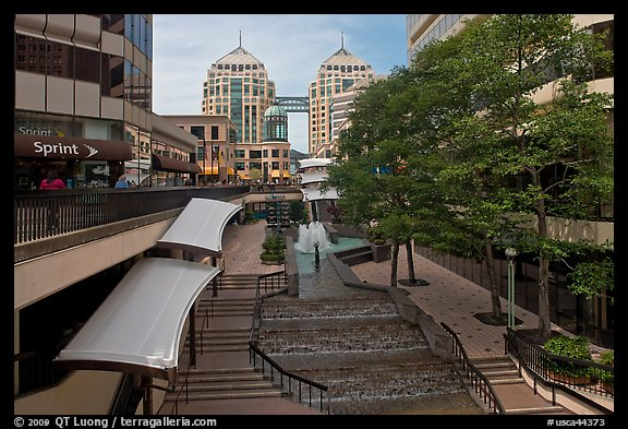 City center shopping mall, downtown. Oakland, California, USA (color)