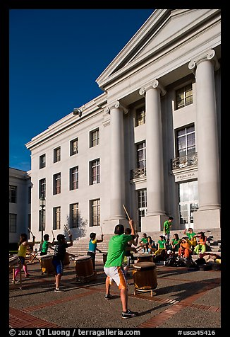 Drummers in front of Sproul Hall. Berkeley, California, USA (color)