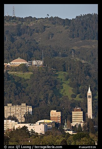 University of California and hills. Berkeley, California, USA (color)