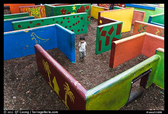 Labyrinth, Happy Hollow Park. San Jose, California, USA (color)