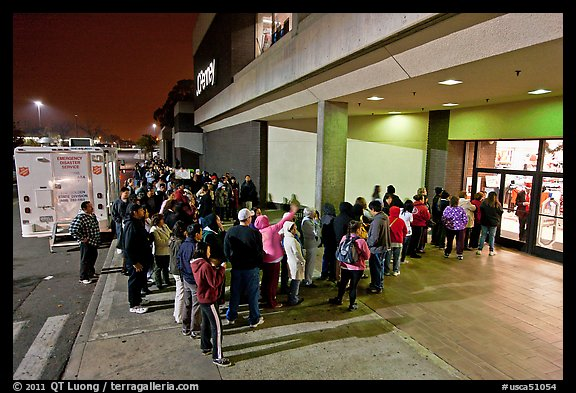Line outside store on Black Friday. San Jose, California, USA (color)