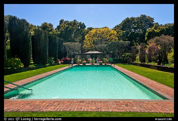 Picture photo swimming pool filoli estate woodside california usa for A swimming pool is 50m long and 20m wide