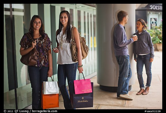 Shoppers and students, Stanford Shopping Center. Stanford University, California, USA (color)