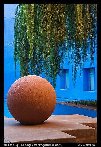 Sphere and willow in courtyard, Schwab Residential Center. Stanford University, California, USA (color)