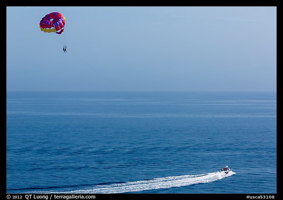Parasailing, Avalon, Santa Catalina Island. California, USA (color)
