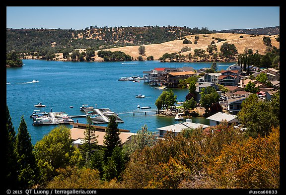 Marina, Tulloch Reservoir. California, USA (color)