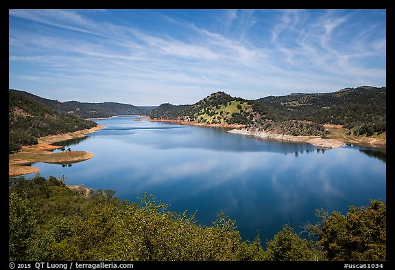 Don Pedro Reservoir. California, USA (color)
