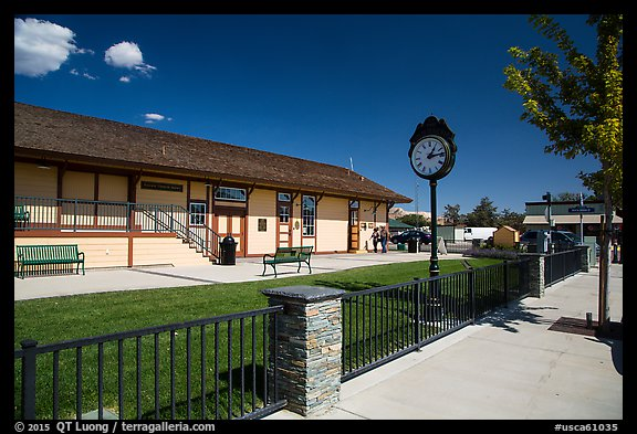 Train station, Tehachapi. California, USA (color)