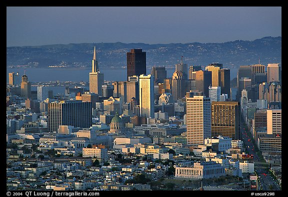 Skyline from Twin Peaks, sunset. San Francisco, California, USA (color)