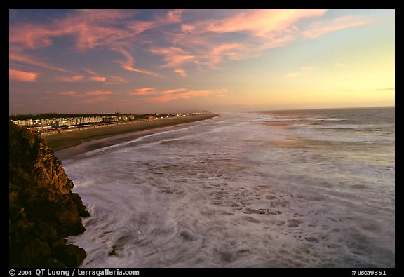 Ocean Beach at sunset, seen from the Cliff House. San Francisco, California, USA