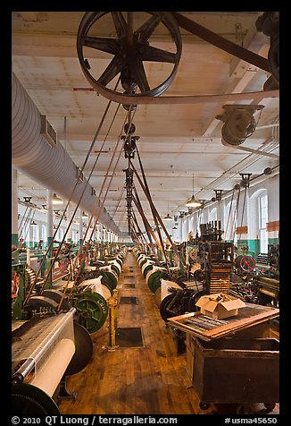 Northrop loom manufactured by Draper Corporation in the textile museum, Lowell National Historical Park. Massachussets, USA (color)