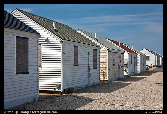 Day Cottages, Truro. Cape Cod, Massachussets, USA (color)