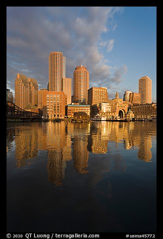 Boston financial district skyline. Boston, Massachussets, USA (color)