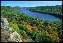 Lake of the Clouds with early fall colors, Porcupine Mountains State Park. Upper Michigan Peninsula, USA (color)