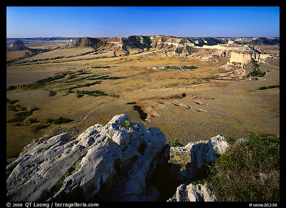 South Bluff seen from Scotts Bluff, early morming. Scotts Bluff National Monument. USA (color)