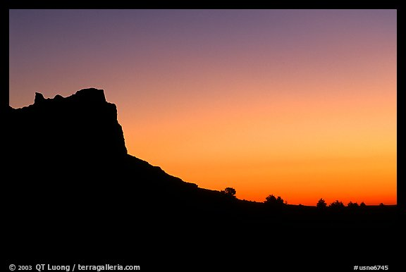 Scotts Bluff profile at sunrise. Scotts Bluff National Monument. Nebraska, USA