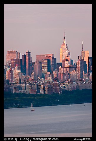 Manhattan skyline with Empire State Building and Hudson. NYC, New York, USA