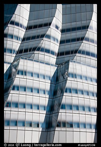 Curves evoking sails in IAC building. NYC, New York, USA