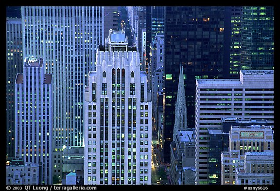 Fifth Avenue and Saint Patrick Cathedra, dusk. NYC, New York, USA (color)