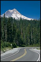 Road and Mt Hood. Oregon, USA
