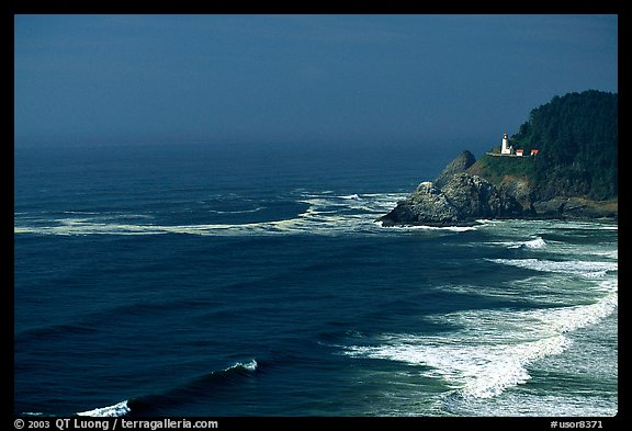 Lighthouse at Haceta Head. Oregon, USA (color)