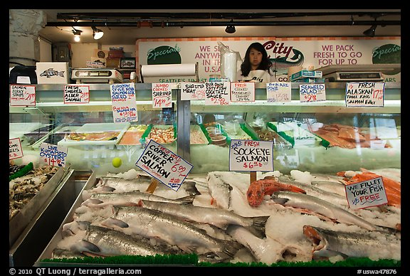 Picture photo fresh fish for sale pike place market for Washington fish market