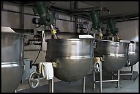 Food boilers, Liberty Orchards factory, Cashmere. Washington ( color)