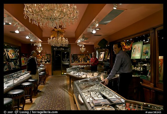 Jewelry and gallery during the gallery night. Hot Springs, Arkansas, USA (color)
