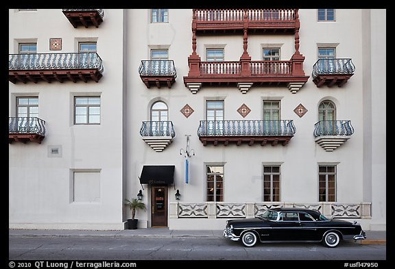 Classic car and hotel facade. St Augustine, Florida, USA (color)